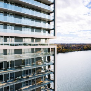 The Reseau Selection Panorama seniors housing tower in Laval.