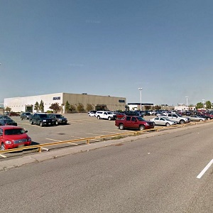 Sears has announced it will close its Station Mall store in Sault Ste. Marie, which has forced Algoma Central to suspend its efforts to sell the shopping centre.