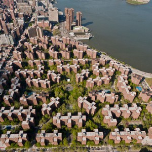 Blackstone and Ivanhoé Cambridge announced the largest private multi-family residential rooftop solar project in the U.S. at New York City's StuyTown.
